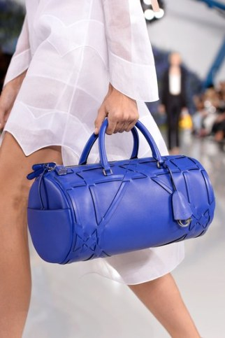 fashion-2015-12-2016-trends-bright-bags-dior-getty-images-main
